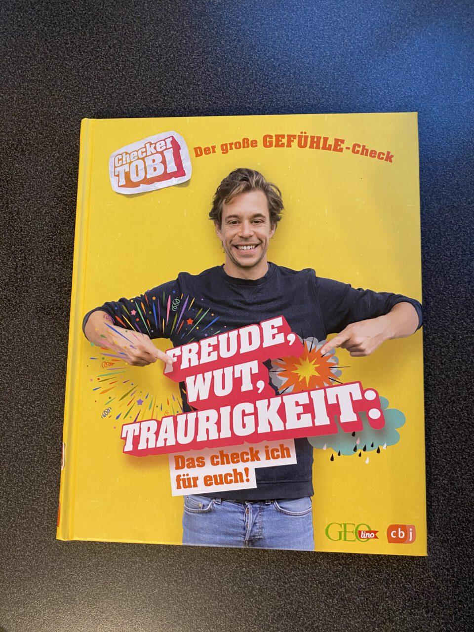 Checker Tobi Buch
